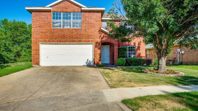 Photo 1 of 32 - 309 Lochwood Dr, Wylie, TX 75098