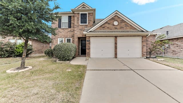Photo 1 of 26 - 308 Chalkstone Dr, Fort Worth, TX 76131