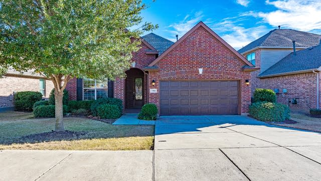 Photo 1 of 21 - 7304 Desert Willow Dr, Denton, TX 76208