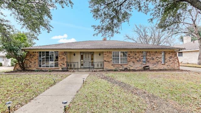 Photo 1 of 30 - 5201 Cordova Ave, Fort Worth, TX 76132
