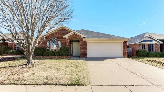 Photo 1 of 23 - 7353 Rock Garden Trl, Fort Worth, TX 76123