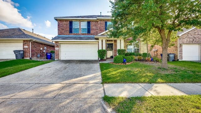 Photo 1 of 27 - 315 Highland View Dr, Wylie, TX 75098