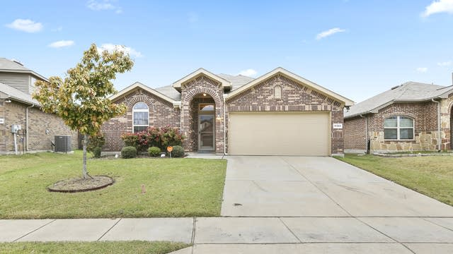 Photo 1 of 25 - 14309 Broomstick Rd, Haslet, TX 76052