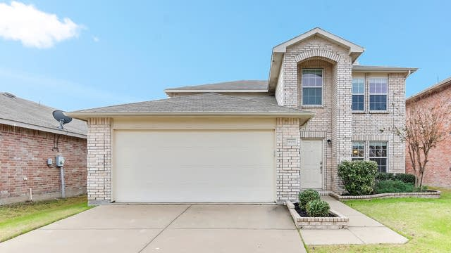 Photo 1 of 27 - 5609 Talons Crest Cir, Fort Worth, TX 76179