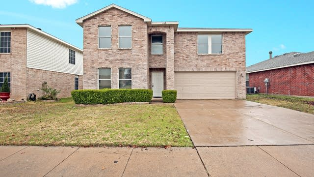 Photo 1 of 27 - 8745 Garden Springs Dr, Fort Worth, TX 76123