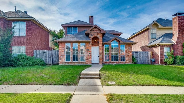 Photo 1 of 23 - 1710 Creekbend Dr, Lewisville, TX 75067
