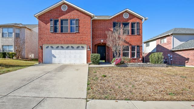 Photo 1 of 26 - 6626 Oldgate Ln, Arlington, TX 76002