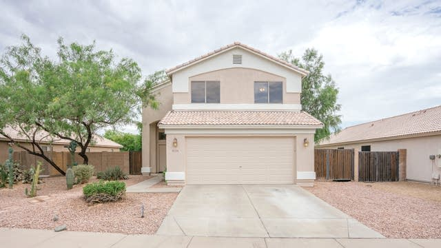 Photo 1 of 33 - 2241 E Soft Wind Dr, Phoenix, AZ 85024