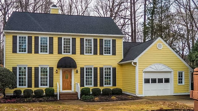 Photo 1 of 18 - 112 Greenhaven Ln, Cary, NC 27518