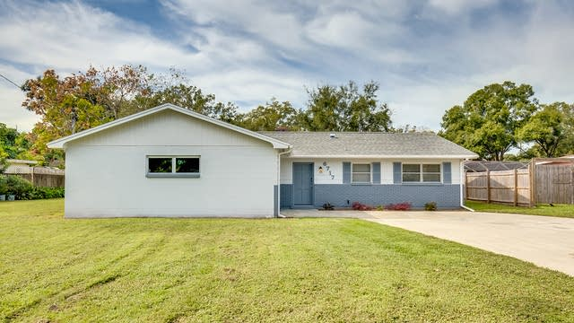 Photo 1 of 17 - 6717 Ralston Beach Cir, Tampa, FL 33614