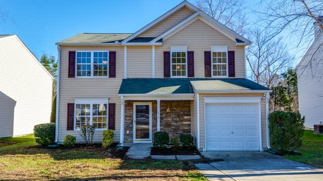 Photo 1 of 14 - 218 Pebblestone Dr, Durham, NC 27703