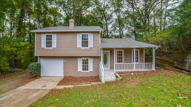 Photo 1 of 14 - 662 Brandlwood Way NW, Lilburn, GA 30047