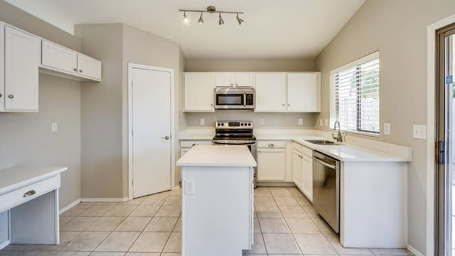 Photo 1 of 17 - 837 E Ross Ave, Phoenix, AZ 85024