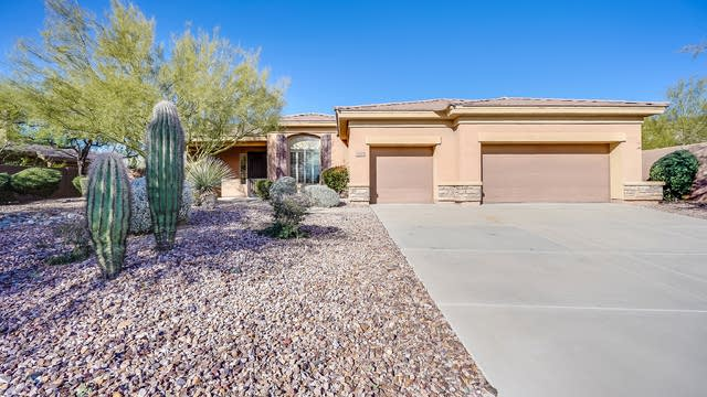 Photo 1 of 24 - 2210 W Hazelhurst Ct, Anthem, AZ 85086