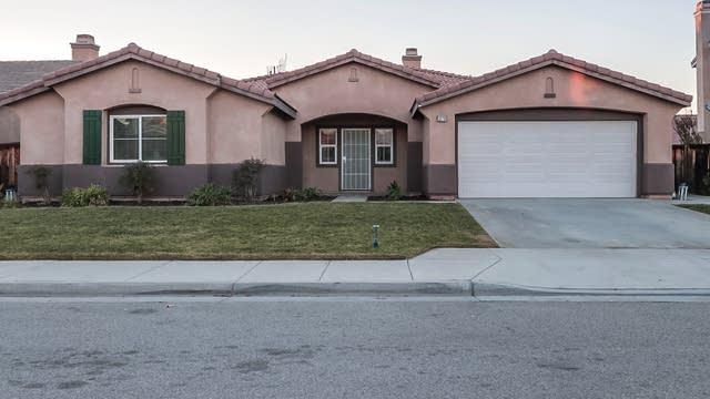 Photo 1 of 12 - 1070 Tulip Way, San Jacinto, CA 92582