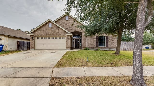 Photo 1 of 23 - 221 Burleson Dr, New Braunfels, TX 78130