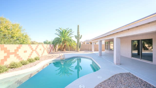 Photo 1 of 18 - 13312 W Desert Rock Dr, Surprise, AZ 85374