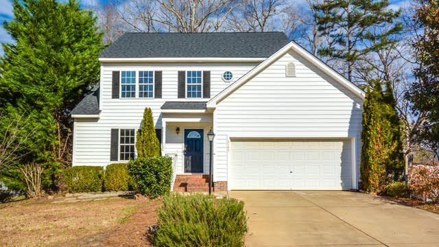 Photo 1 of 25 - 2148 Ramsgate St, Raleigh, NC 27603