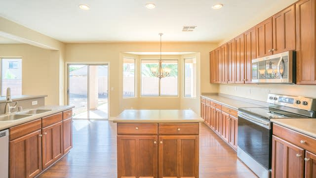 Photo 1 of 23 - 17577 W Crocus Dr, Surprise, AZ 85388