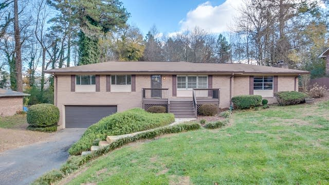 Photo 1 of 24 - 3132 Vandiver Dr, Marietta, GA 30066