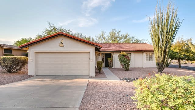 Photo 1 of 15 - 17205 E Lantern Ln, Fountain Hills, AZ 85268