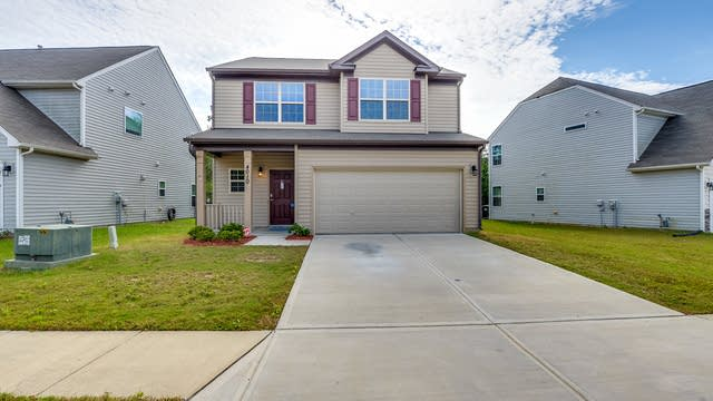Photo 1 of 22 - 4010 Northerly Island Ct, Gastonia, NC 28056