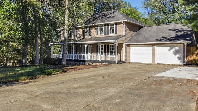 Photo 1 of 21 - 1768 Blackwillow Dr, Marietta, GA 30066