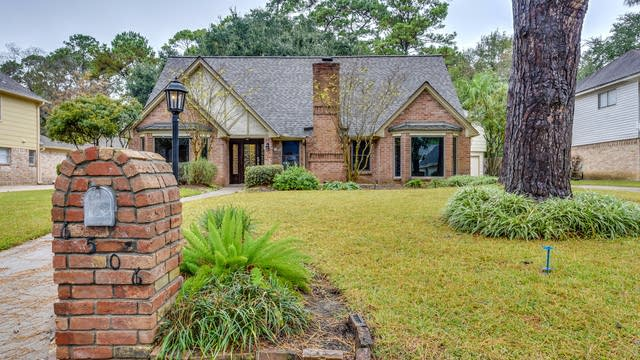 Photo 1 of 25 - 6506 Rippling Hollow Dr, Spring, TX 77379