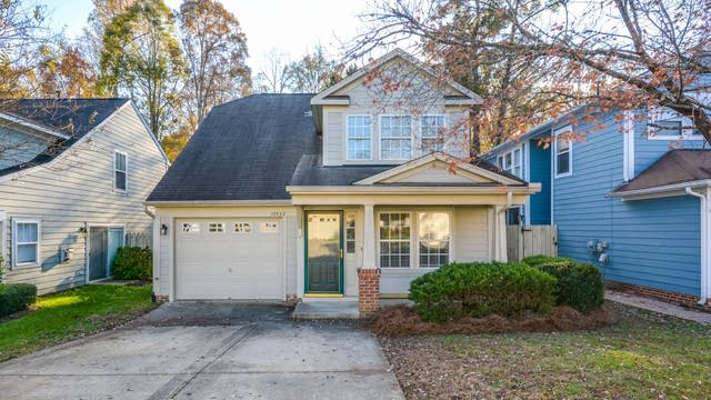 Photo 1 of 14 - 10433 Neland St, Raleigh, NC 27614