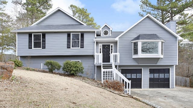 Photo 1 of 26 - 2238 Blenheim Ct, Marietta, GA 30066