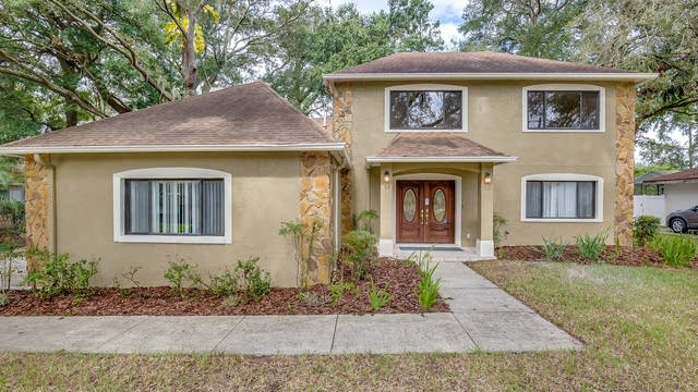 Photo 1 of 17 - 6306 N Queensway Dr, Temple Terrace, FL 33617
