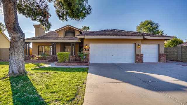 Photo 1 of 17 - 1806 N 59th Cir, Mesa, AZ 85205