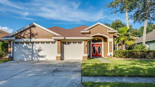 Photo 1 of 15 - 10712 Tavistock Dr, Tampa, FL 33626