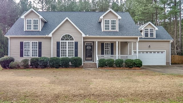 Photo 1 of 25 - 20 Spicetree Ct, Youngsville, NC 27596