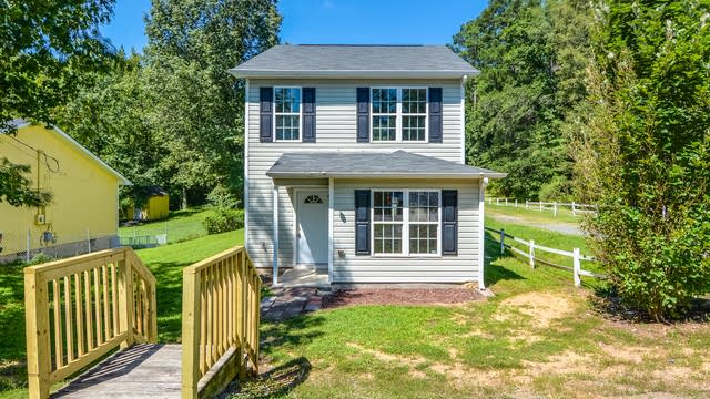 Photo 1 of 12 - 2413 Roanoke St, Durham, NC 27704