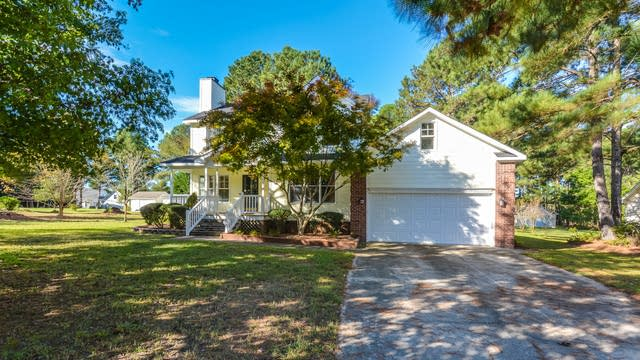 Photo 1 of 16 - 315 Queens Ferry Ln, Clayton, NC 27520