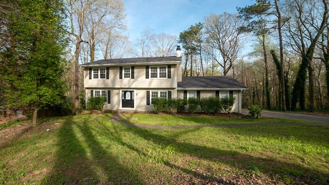 Photo 1 of 22 - 4574 Woodland Cir NE, Roswell, GA 30075