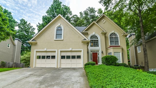 Photo 1 of 23 - 3752 Upland Dr, Marietta, GA 30066