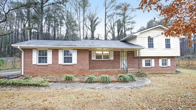 Photo 1 of 14 - 3275 Jodeco Pl, Jonesboro, GA 30236