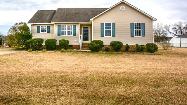Photo 1 of 14 - 64 Sodan Dr, Willow Spring, NC 27592