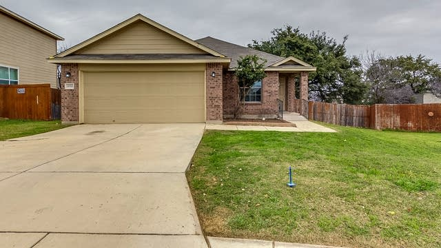 Photo 1 of 14 - 10703 Bayhill Den, San Antonio, TX 78245