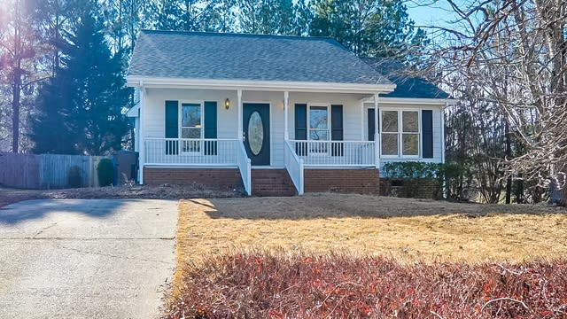 Photo 1 of 19 - 2402 Cynthia Dr, Durham, NC 27704