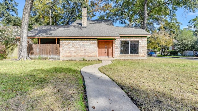 Photo 1 of 22 - 25102 Butterwick Dr, Spring, TX 77389