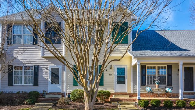 Photo 1 of 12 - 249 Commons Dr, Holly Springs, NC 27540