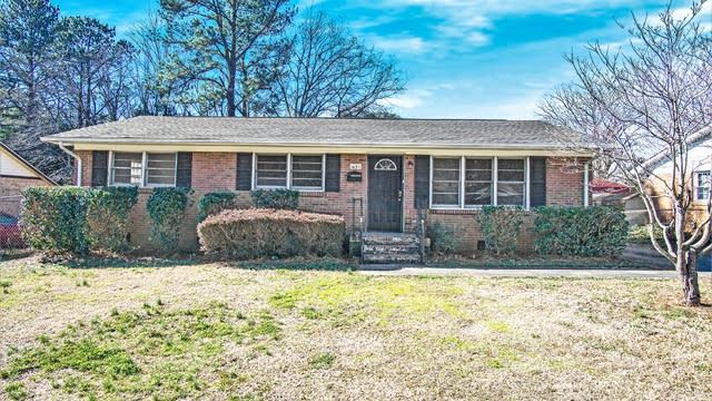 Photo 1 of 13 - 1431 Echo Glen Rd, Charlotte, NC 28213