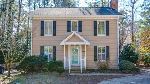 Photo 1 of 16 - 4405 Tetbury Pl, Raleigh, NC 27613