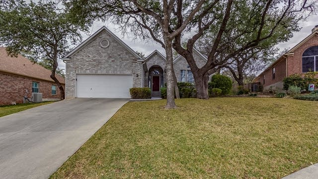 Photo 1 of 15 - 729 Twin Br, Schertz, TX 78154