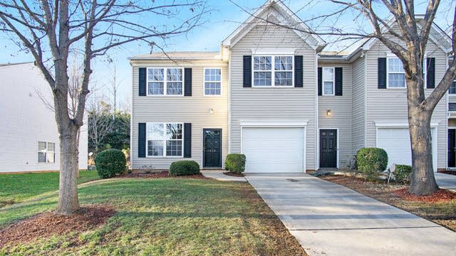 Photo 1 of 17 - 7629 Abigail Glen Dr, Charlotte, NC 28212
