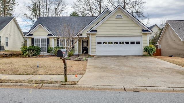 Photo 1 of 17 - 2914 Arendel Dr, Lawrenceville, GA 30044