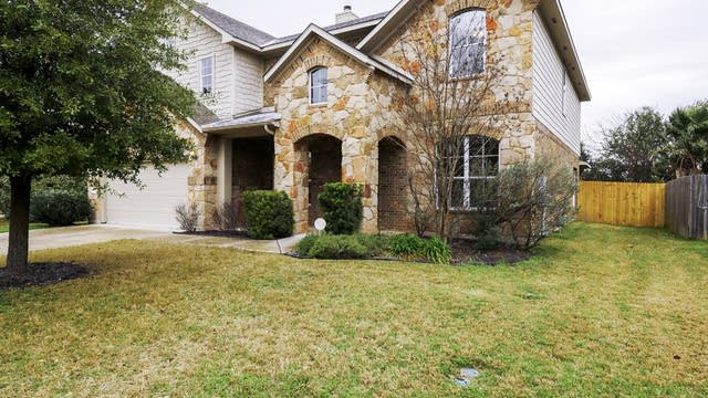Photo 1 of 28 - 2809 Linville Ridge Ln, Pflugerville, TX 78660